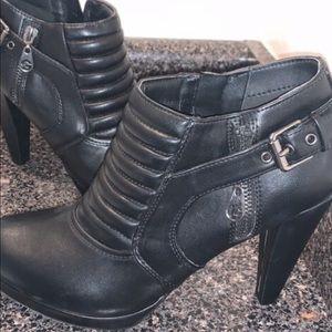 GUESS high heel black booties